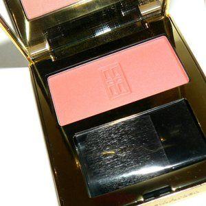Elizabeth Arden 02 Sweet Peach Radiant Blush